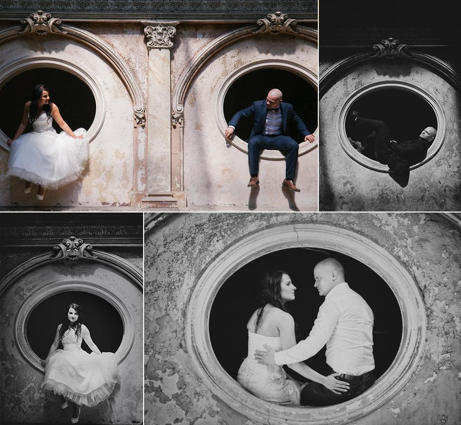 pan i pani młoda pozują do zdjęć w oknach ozdobnych pałacu w krowiarkach